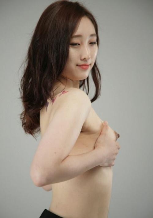 韓国素人美女のヌード撮影画像 2
