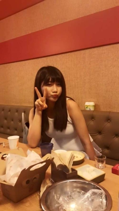 韓国素人美女の流出セックス画像 4