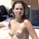 Serena Skov Campbell(セレナ・スコフ・キャンベル)のトップレス画像