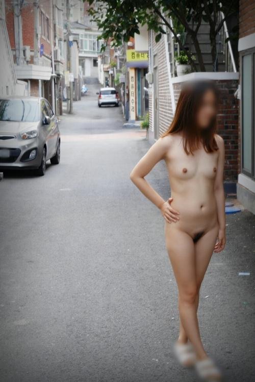 韓国素人女性の露出プレイヌード画像 15
