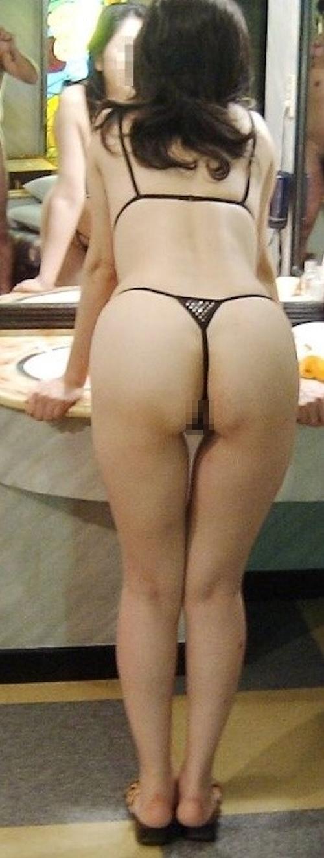 巨乳な熟女をホテルで撮影したヌード画像 4