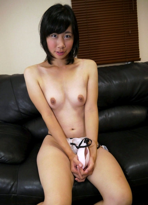 地味目な素人美女のセックス画像 3