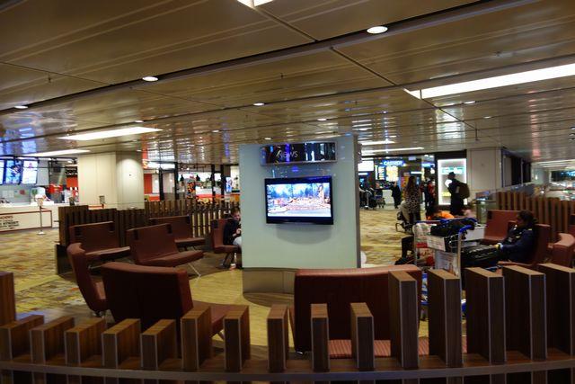 チャンギ ターミナル1の2F.jpg