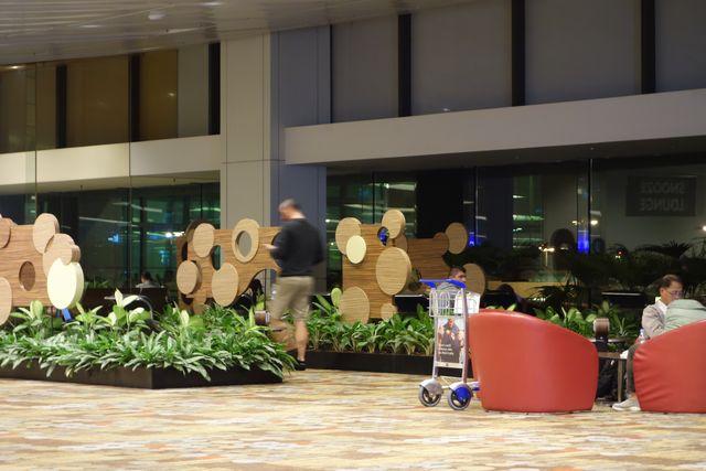 チャンギ ターミナル1の2F2.jpg
