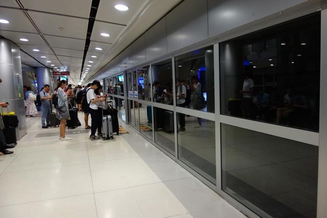 スワンナプーム国際空港エアポートレールリンク.jpg