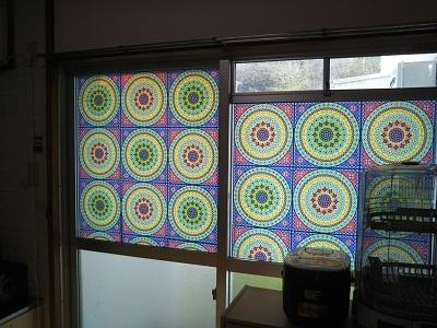台所の窓 シール増量