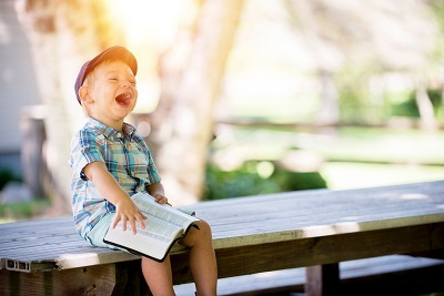 満面の笑み 外国の子ども