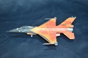 F-16 Mlu Solo Display_034