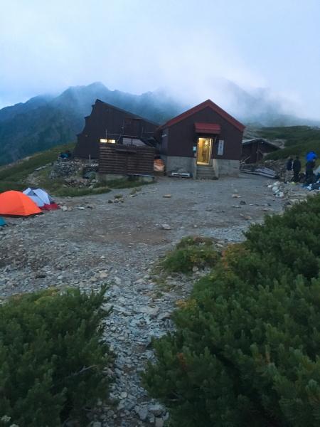 1823北岳山荘