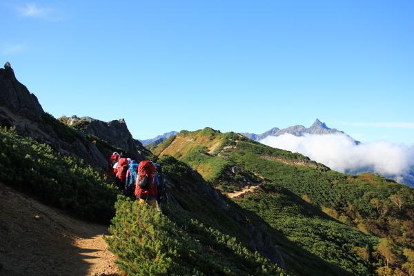 0810登山道と槍ヶ岳