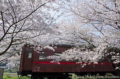 樽見鉄道谷汲口駅、静態保存中の旧型客車・オハフ33(オハフ502)