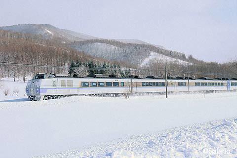 石北本線・上白滝駅‐白滝駅間の沿線、上り特急オホーツク