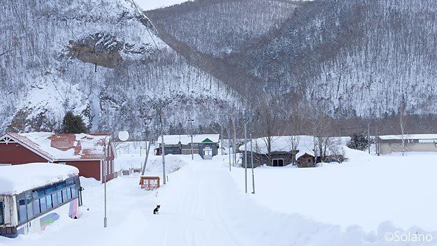 JR北海道・石北本線の秘境駅、下白滝駅の風景