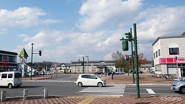 JR北海道・富良野線、美瑛駅と駅前の風景