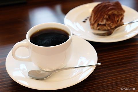 えちぜん鉄道・勝山駅、えち鉄カフェのコーヒーとケーキ