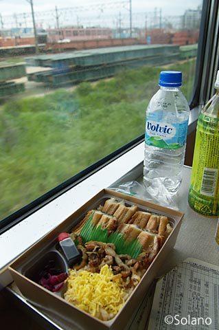 寝台特急はやぶさの昼食、徳山駅の駅弁・あなごめし