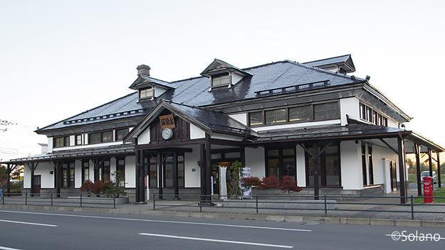 明治45年築の室蘭駅旧駅舎、洋風の造りある木造駅舎