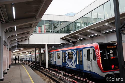モスクワメトロ4号線、クトゥーゾフスカヤ駅