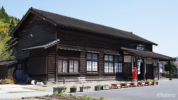 JR九州・肥薩線・大隅横川駅、明治築の木造駅舎