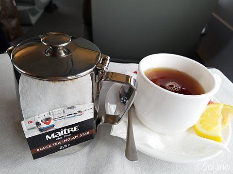 高速列車サプサン、1等車サービスの紅茶