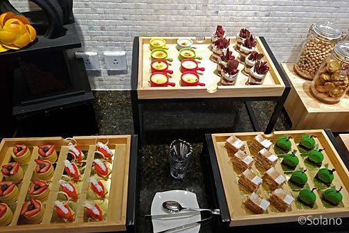 シャングリ・ラ成都、ホライゾンクラブラウンジの食べ物