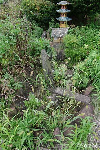 青い森鉄道・諏訪ノ平駅、仏教的ミニチュアな池庭跡