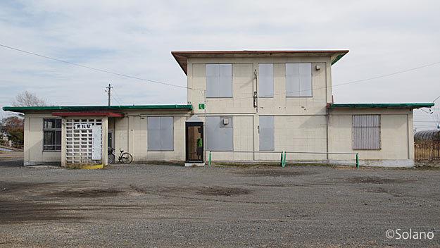 JR日高本線、勇払駅、コンクリートブロック積みの駅舎