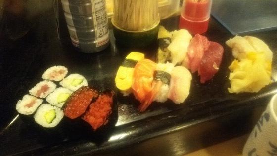 魚河岸寿司元の色