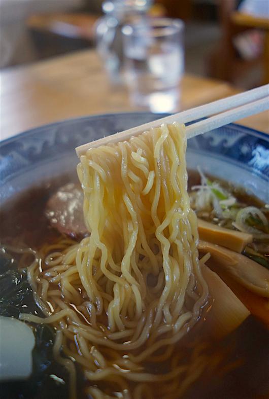 GOMAラーメンらいと@那珂川町谷田 麺
