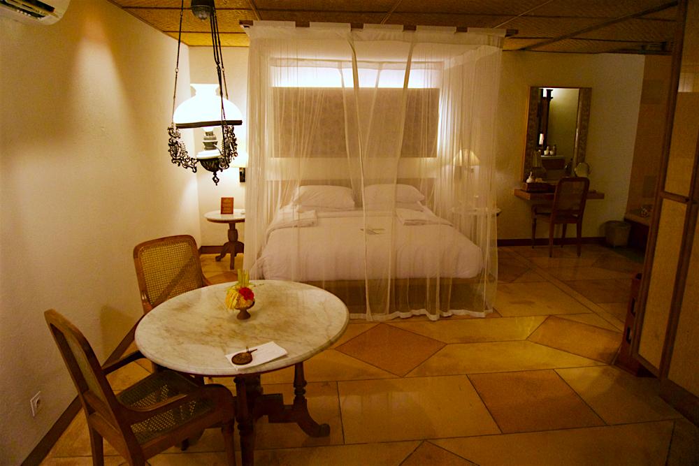 バリ島 Tanjung Sari Hotel 滞在記 その1 タンジュンサリホテル ベッド