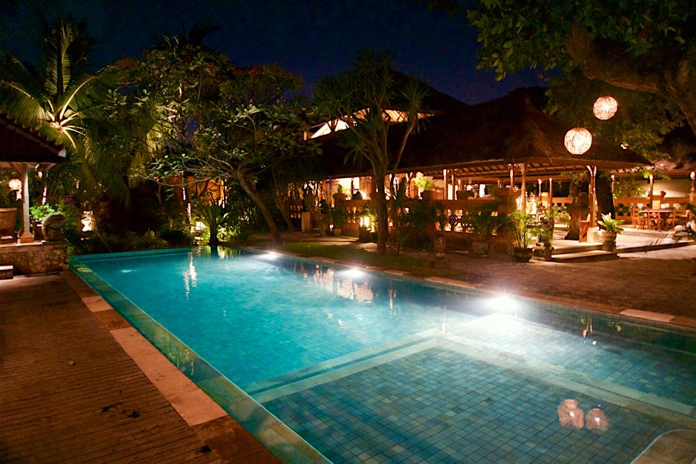 バリ島 Tanjung Sari Hotel 滞在記 その1 タンジュンサリホテル プール