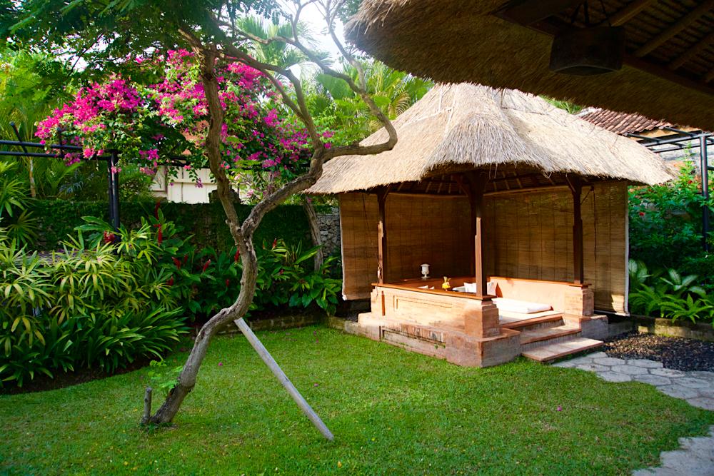 バリ島 Tanjung Sari Hotel 滞在記 その1 Tanjung Sari Hotel 敷地内4