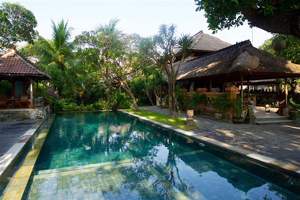 バリ島 Tanjung Sari Hotel 滞在記 その3 プール