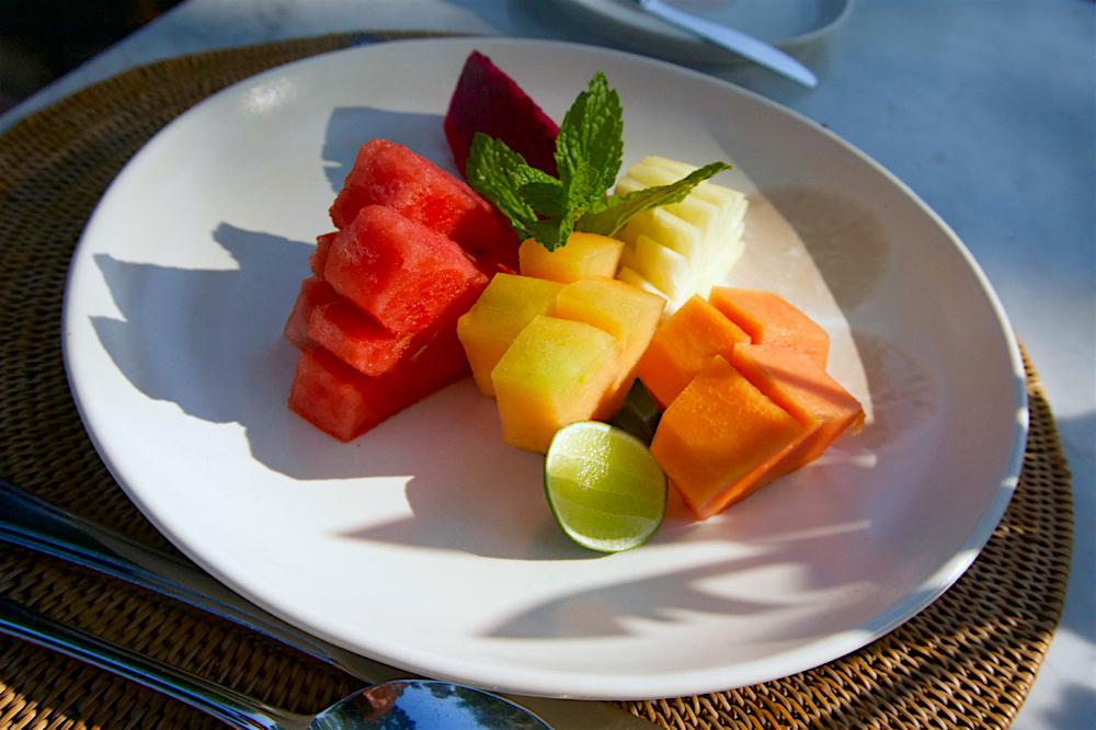 バリ島 Tanjung Sari Hotel 滞在記 その2 TROPICAL FRUIT PLATE