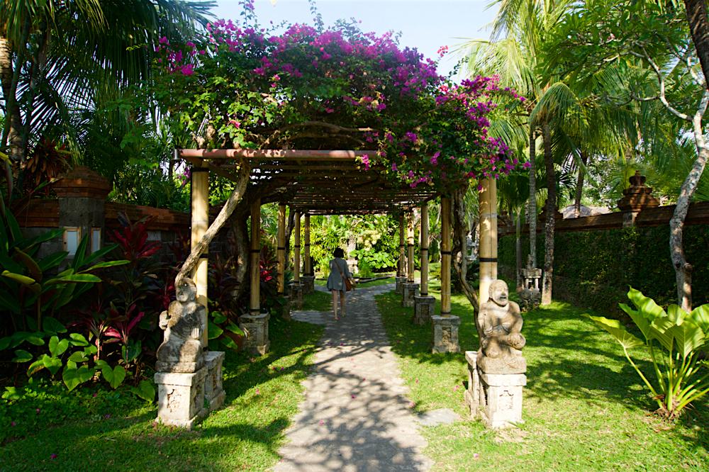 バリ島 Tanjung Sari Hotel 滞在記 その3 ホテル敷地