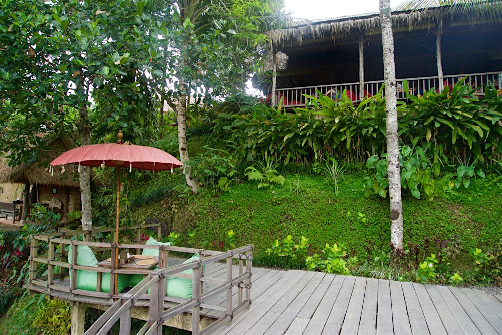 バリ島 Tanjung Sari Hotel 滞在記 その3 d'Alas warung 内観