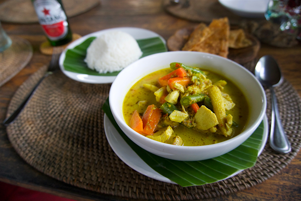 バリ島 Tanjung Sari Hotel 滞在記 その3 d'Alas warung Chickin Curry