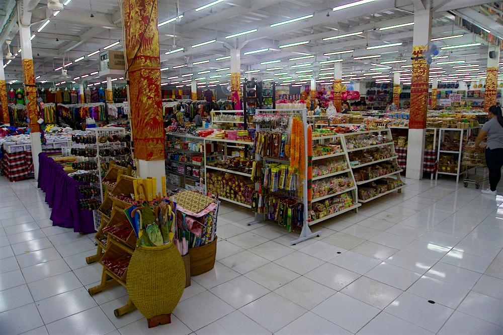 バリ島 Tanjung Sari Hotel 滞在記 その3 商店2