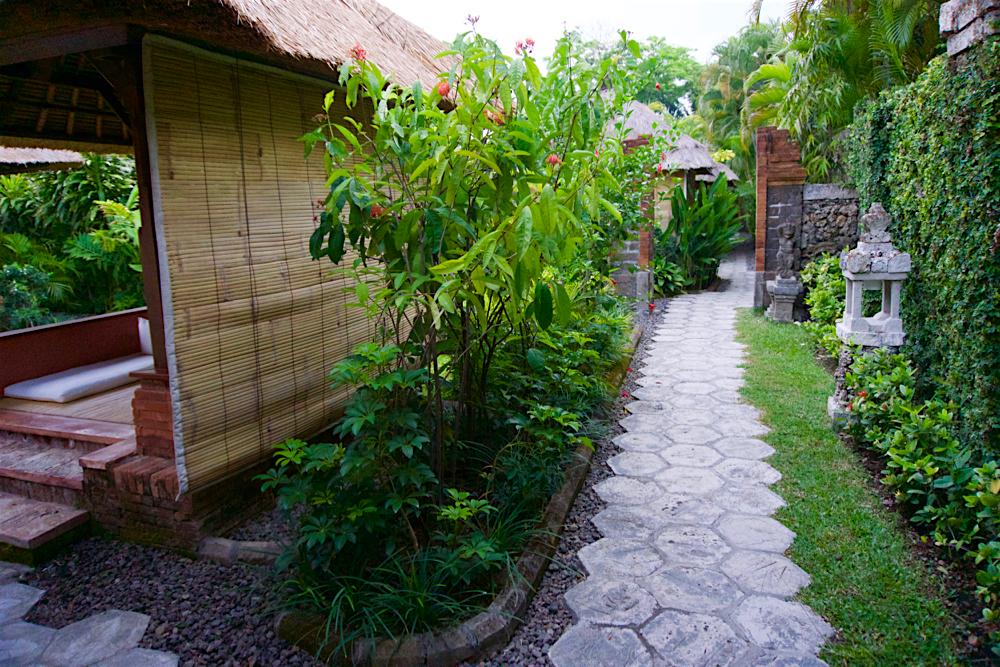 バリ島 Tanjung Sari Hotel 滞在記 その1 Tanjung Sari Hotel 敷地内3