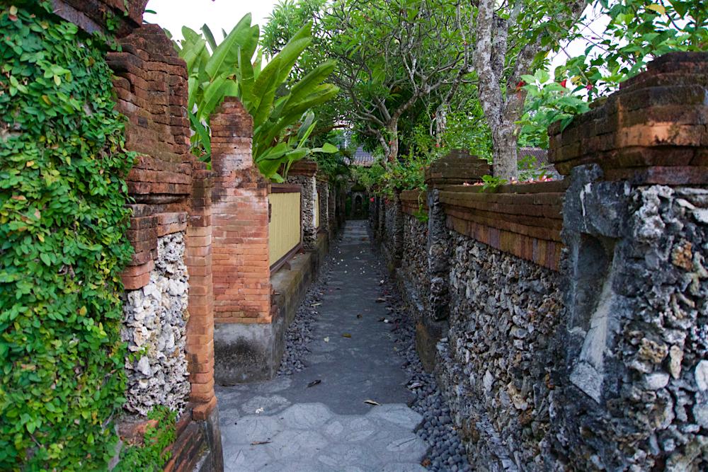 バリ島 Tanjung Sari Hotel 滞在記 その1 Tanjung Sari Hotel 敷地内2