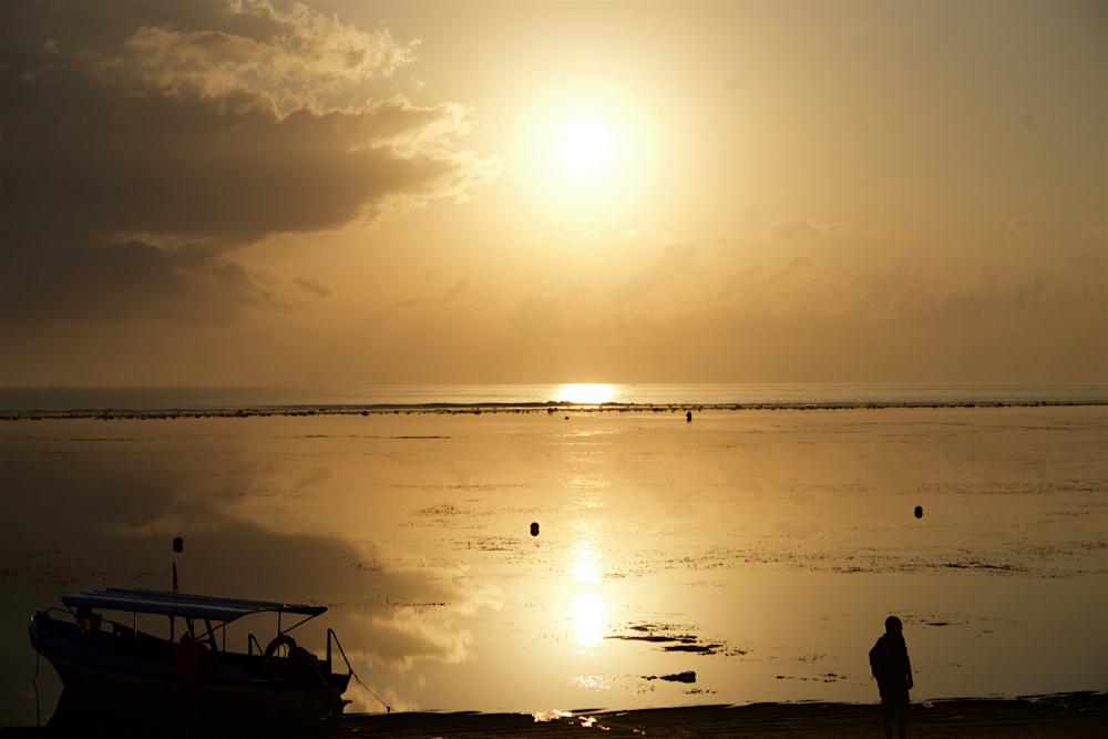 バリ島 Tanjung Sari Hotel 滞在記 その3 朝日