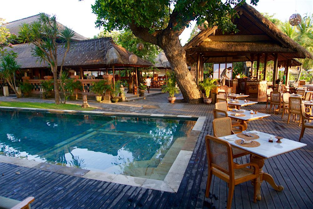 バリ島 Tanjung Sari Hotel 滞在記 その3 プールサイド