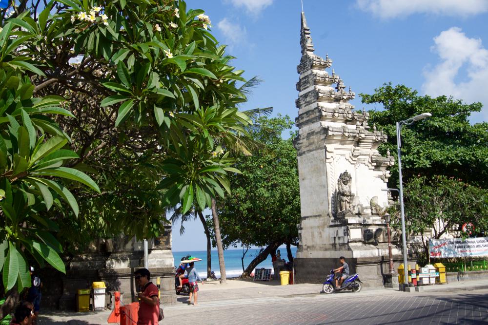 バリ島 Tanjung Sari Hotel 滞在記 その5 クタビーチ1