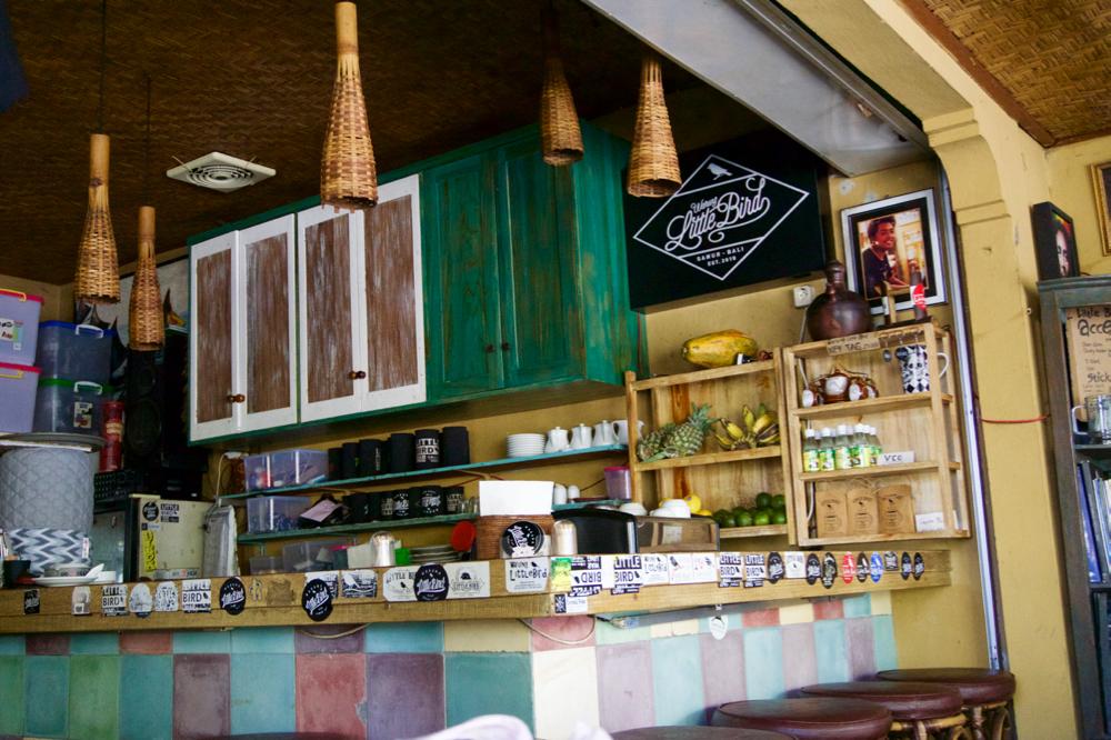 バリ島 Tanjung Sari Hotel 滞在記 その5 Warung Little Bird 内観