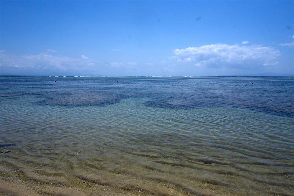 バリ島 Tanjung Sari Hotel 滞在記 その6  ビーチ1
