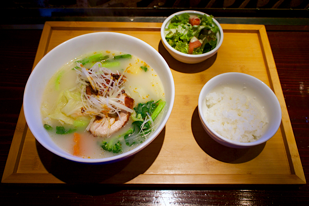 チャイニーズあん@宇都宮市元今泉 野菜たっぷり鶏そばセット