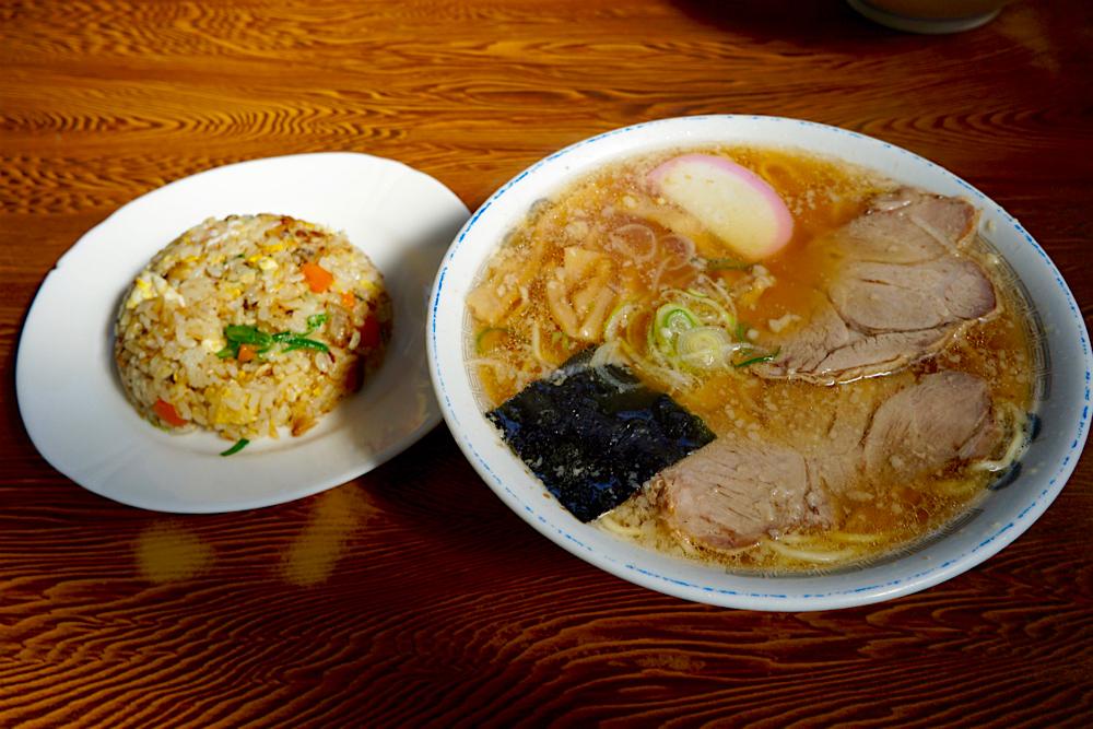 チーナン食堂@福島県いわき市 ラーメン半チャーハン