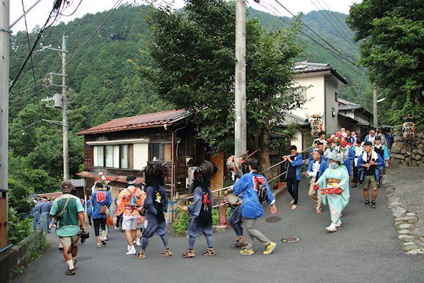 棚沢熊野神社の獅子舞 001