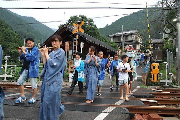棚沢熊野神社の獅子舞002