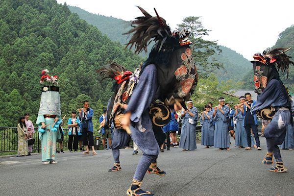 棚沢熊野神社の獅子舞 004